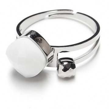 Кольцо с белым агатом Moon Paris Ikita